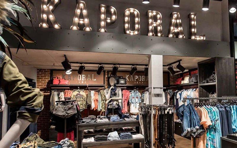 Aménagement magasin prêt à porter Kaporal