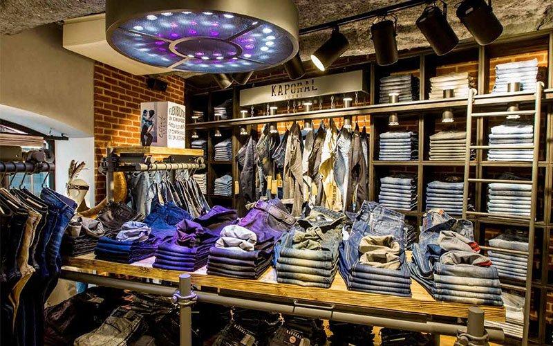 Agencement magasin vêtement