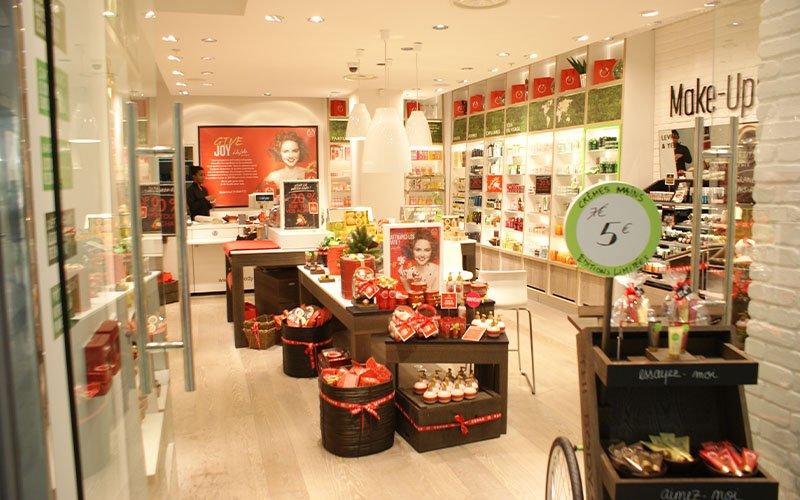 Aménagement boutique cosmétique